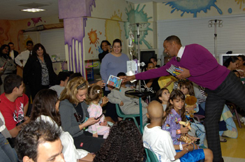 Actor Will Smith Visits Patients at Miami Children's Hospital