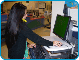 Image of nurse on Computer